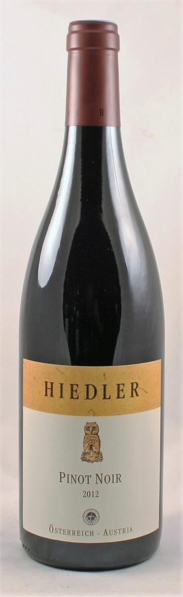 Rode wijn: Hiedler DOS Pinot-noir 2012